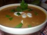 Lahodná papriková polévka se zakysanou smetanou recept ...