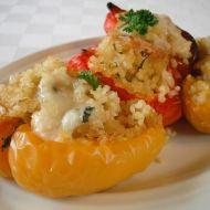 Zapečené papriky s jáhlovou nádivkou recept