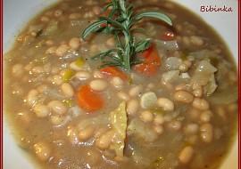 Polévka z hlávkového zelí a fazolí  hustá recept