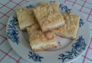 Drobenkový vanilkovo-tvarohový koláč