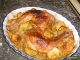 Kuřecí čtvrtky pečené na bramborách recept