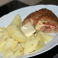 Roláda z mletého masa s párkem a hermelínem recept