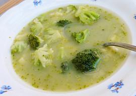 Máslová brokolicová polévka recept