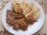 Pečené hovězí na cibuli recept