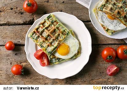 Špenátové wafle s vejcem recept