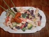Těstovinový salát s fazolemi recept