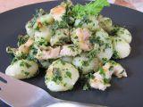 Bramborové noky s kuřecím masem a špenátem recept ...