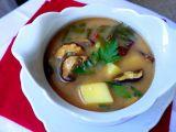 Bramborová polévka s mangoldem a houbami recept