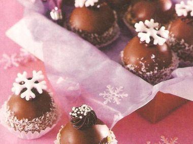 Čokoládové kuličky s višněmi