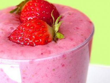 Zmrzlinový koktejl s ovocem