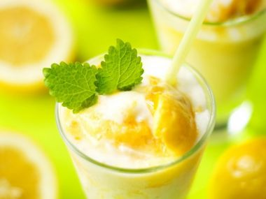 Banánovo-limetový koktejl