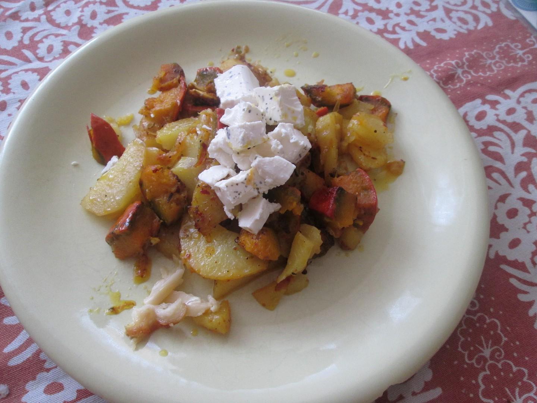 Pečená dýně s bramborami recept