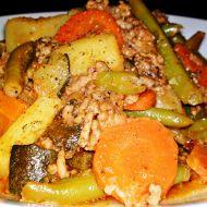 Letní zeleninový hrnec s mletým jehněčím masem recept