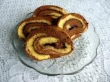 Dvoubarevná roláda s marmeládou recept
