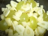 Salát z hroznů a sýra recept