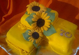 Punčový dort se slunečnicemi recept