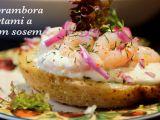 Pečené brambory s krevetami a křenovým sosem recept ...