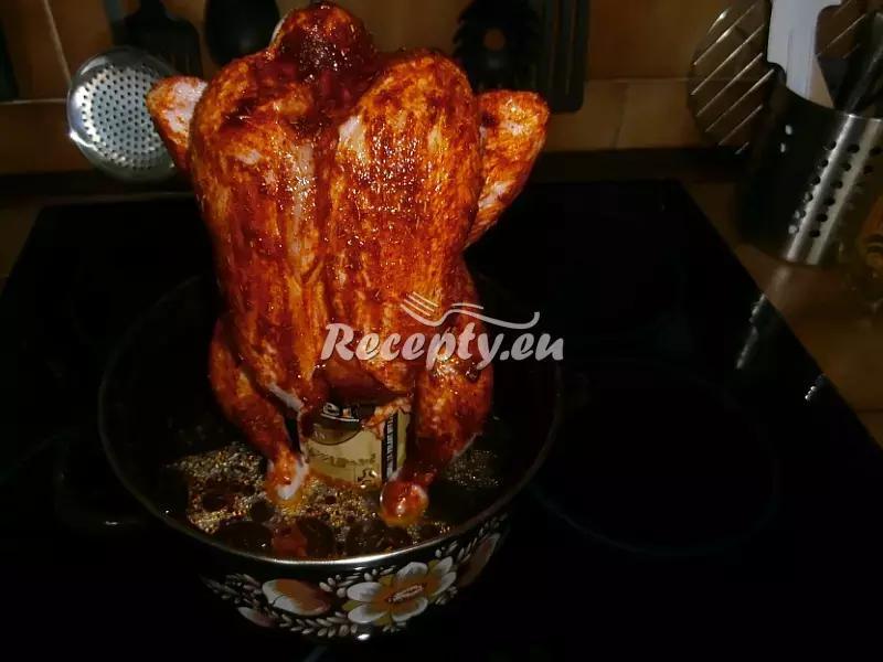 Kuře pečené na pivní plechovce recept  drůbeží maso