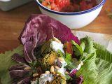 Letní zelený falafel s ořechy a čerstvými bylinkami recept ...