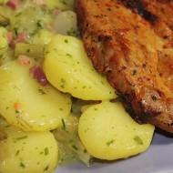Grilovaná krkovička se svěžím bramborovým salátem recept  Vareni ...