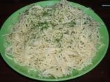 Špagety s česnekovou omáčkou recept