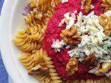 Omáčka z červené řepy se sýrem a ořechy recept