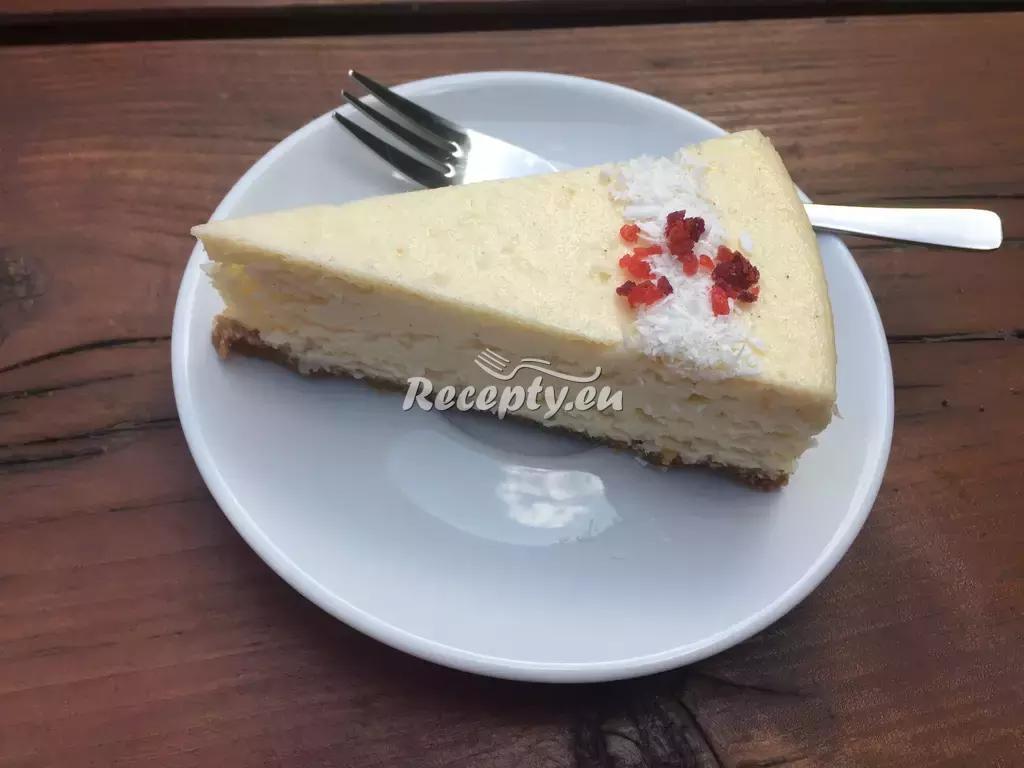 Nepečený cheesecake s rybízovou marmeládou recept  sladké ...