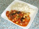 Kuřecí prsa s cizrnou, olivami a rajčatovou omáčkou recept ...