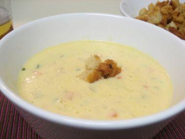 Mléčná sýrová polévka