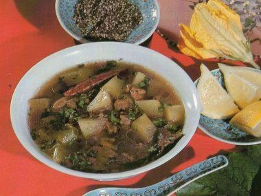 Čínská polévka s tykví a houbami