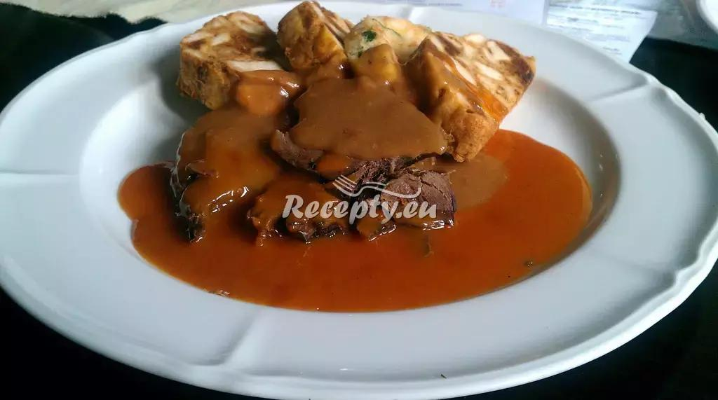 Karlovarský guláš recept  hovězí maso