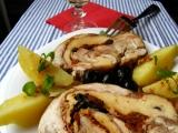 Kuřecí roláda s mozzarellou, olivami a vínem recept