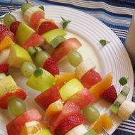 Ovocné špízy s vanilkovou omáčkou recept