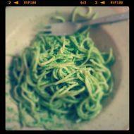 Špenátové špagety na česneku recept