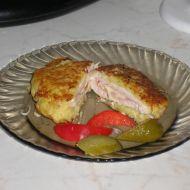 Plněný kuřecí řízek v bramborovém těstě recept