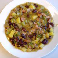 Zeleninový hrnec s uzeninou recept