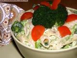 Těstovinový salát s brokolicí a nivovou omáčkou recept ...