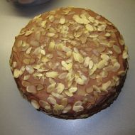 Kávový dort s čokoládovou šlehačkou recept