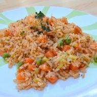 Zeleninová rýže s pestem recept