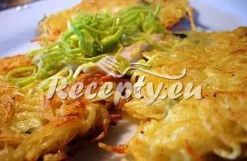 Bramborové placičky s jarní cibulkou recept  bramborové pokrmy ...