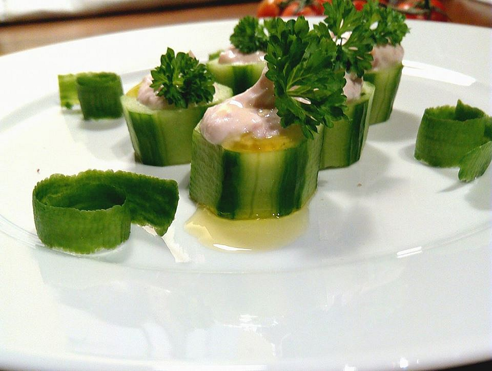 FIT šunková pěna v salátové okurce recept