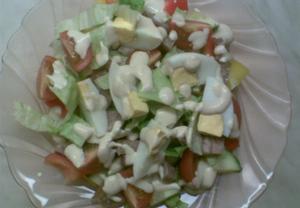 Tlačenkový salát s hořčičnou zálivkou