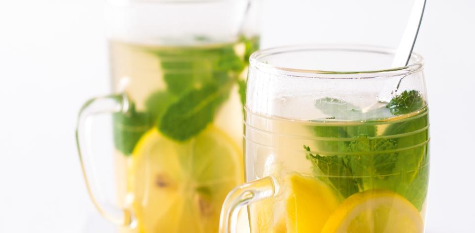 Zázvorový čaj s mátou