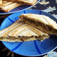 Zapečené houbové toasty recept
