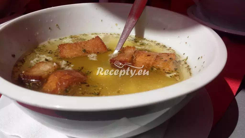 Česnečka bez vaření recept  polévky