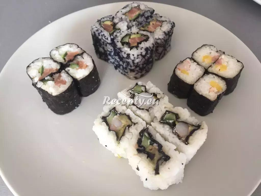 Sushi hoso maki a futo maki recept  zahraniční recepty