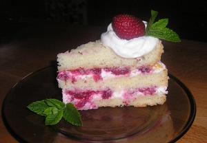 Piškotový vynikající dort