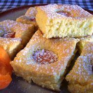 Bublanina s meruňkami recept