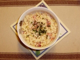 Krabí těstovinový salát se zálivkou recept