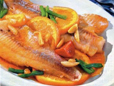 Dušená ryba s pomeranči